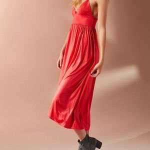 Urban Outfitters • Luciana Tulip Hem Midi Dress